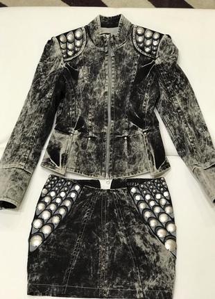 Шикарнейший джинсовый костюм gizia