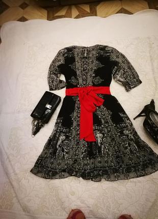 Оригинальное шифоновое платье