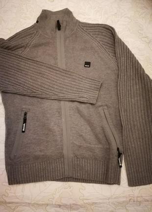 Супер свитер, отличное качество