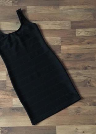 Черное бандажное платье размер s-m