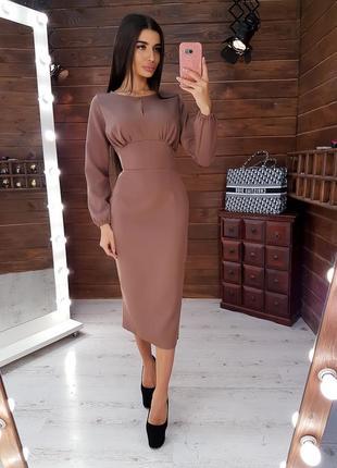 Элегантное платье-футляр миди с корсетной отделкой