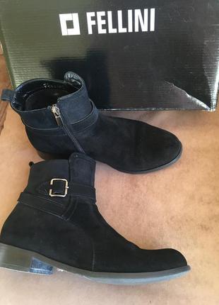 Итальянские ботиночки/полусапожки утеплённые из замши