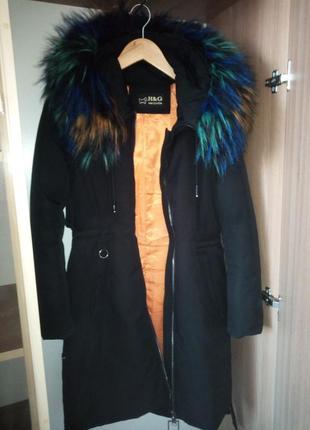 Очень тёплая зимняя куртка пуховик пальто