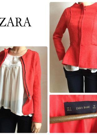 Теплый, актуальный, стильный пиджак zara