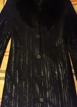 Дубленка длинная с капюшоном черная дубленка женская дубленка8 фото