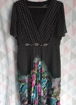 Очень красивое шифоновое платье в горох с цветами 🌷