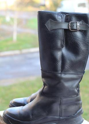 Добротные кожаные зимние сапоги 40-41