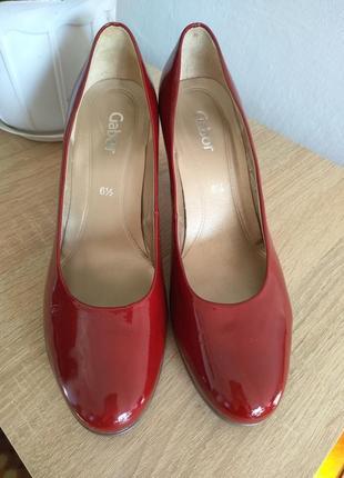 Акция до 31.12.19!красивые туфли от известного бренда