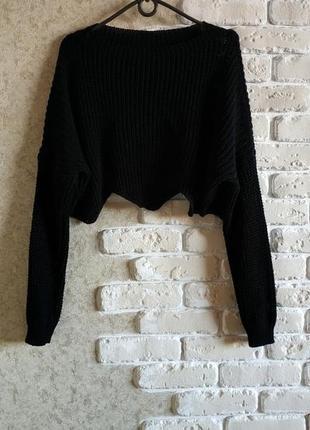 Стильный укороченный свитерок .