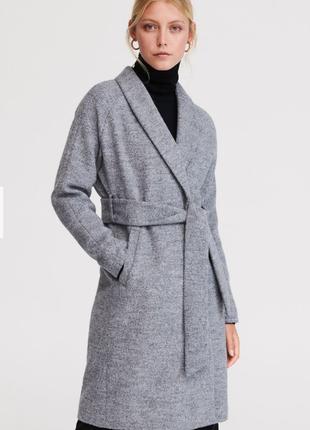 Пальто-халат шерстяное бренда reserved длина midi