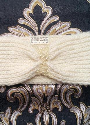 Женская повязка на голову расшита бусинами