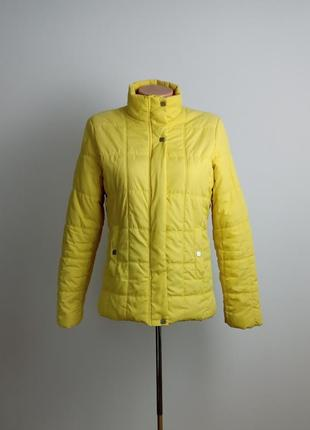 Женская желтая осенняя куртка