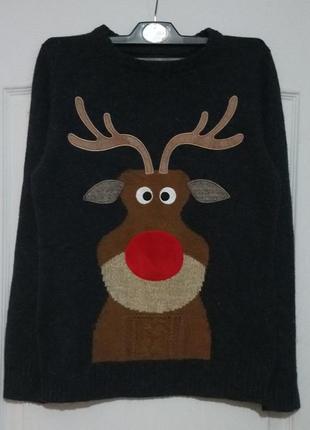 Новогодний свитер. олень с мигающим носом.