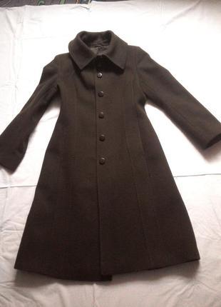 Пальто  длинное осень.
