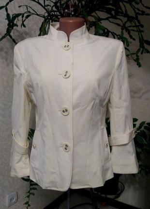 Легкий летний пиджак цвета айвори ,38 разм      s.a.hara
