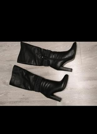 Зимние женские кожаные сапоги 37-38 размер