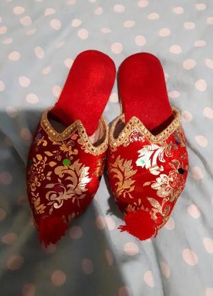 Обувь для принцессы, султанши, королевы