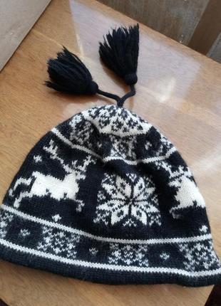 100% шерстяная вязаная  шапочка снежинки и олени unisex от бренда сша lands end