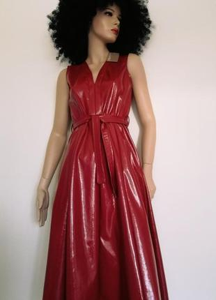 Платье из блестящей кожи 🇮🇪
