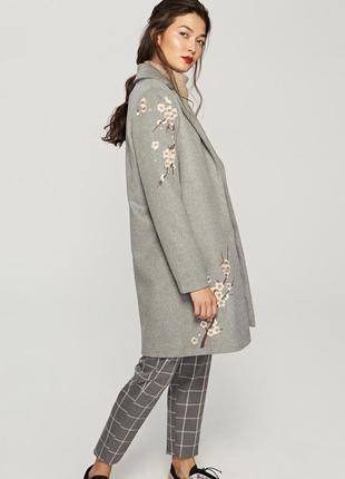 Классное  шерстяное пальто