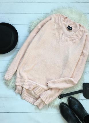 Мягкий велюровый удлиннённый свитер