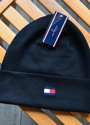 Мужская зимняя шапка tommy hilfiger чёрная акриловая