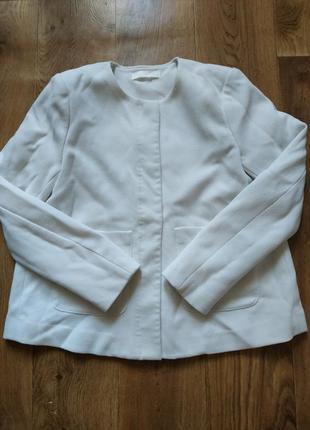 Жакет- лёгкая куртка, можно для беременных