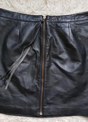 Шикарная натуральная кожанная юбка warehouse! размер - 12 сзади на молнии. nike ugg!