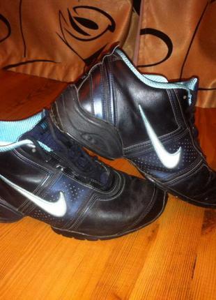 Кожаные кроссовки ф. nike
