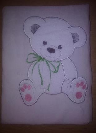 Плед флисовый детский с апликацией бежевый медвежонок