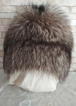 Меховая шапка из натурального цельного меха чернобурки, р.55-56