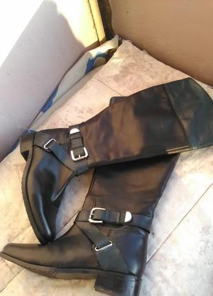 Шикарные кожаные сапоги демисезон