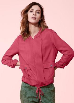 Куртка-ветровка ягодного цвета в стиле casual от tchibo(германия)