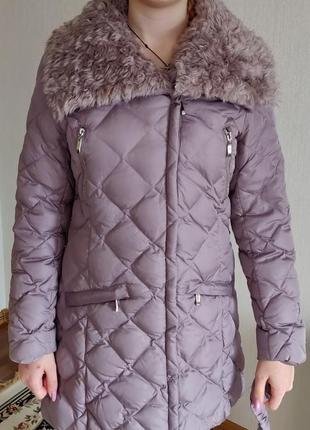 Зимнее фирменное пальто на пуху ostin