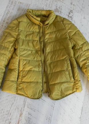 Демисезонная легкая куртка пух м