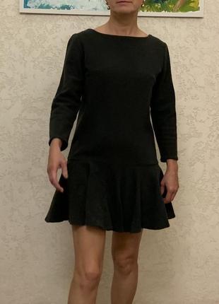 Зимнее мини платье acne