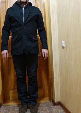 Черный х/б черный блейзер с трикотажным капюшоном и манишкой volcom сша l.