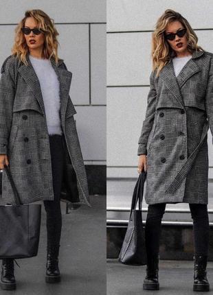 Стильное пальто тренч.
