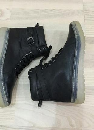 Ботинки noiz