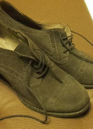 Оксфорди туфли полуботинки на широком каблуке