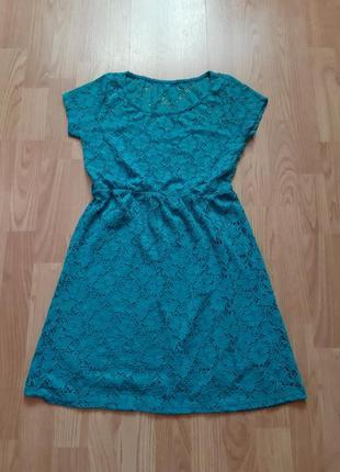 Нарядное платье на подростка.