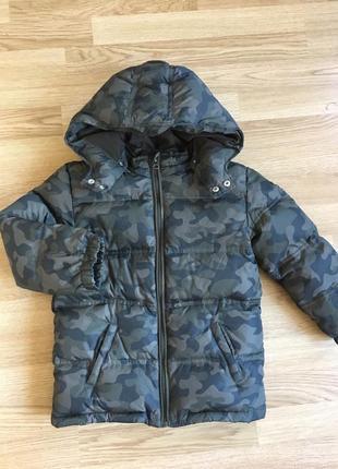 Шикарная зимняя куртка gymboree