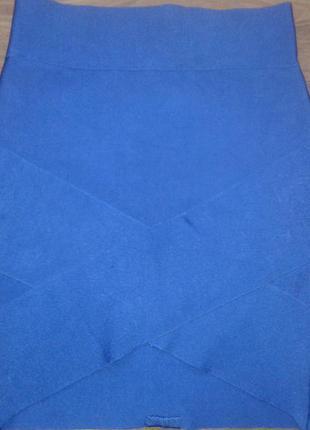 Супер мини юбочка с вырезом спереди
