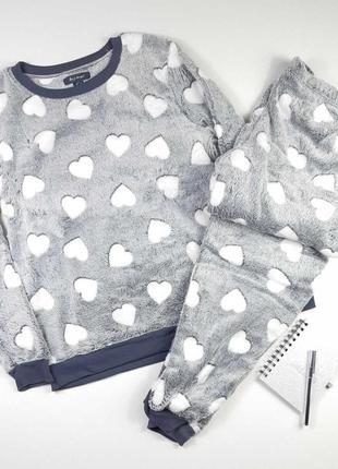 Подарункова плюшева жіноча піжама primark