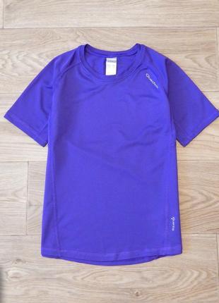 Спортивные футболки quechua 8-9 лет, 128-134 см.  для девочки