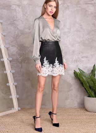 Базовая блуза типа шелк, s-l (оверсайз) под пиджак