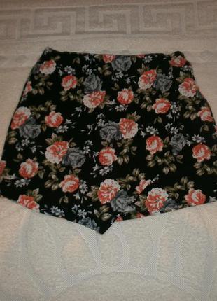 Крутейшая юбка-шорти с запахом  от new look размер :10/38,12/40