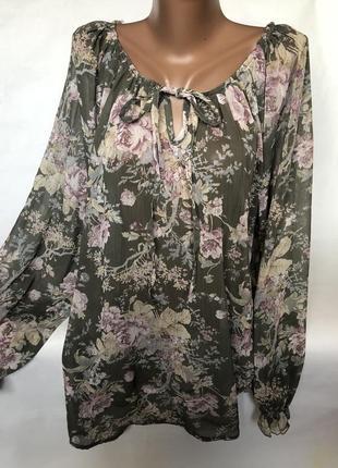Шикарная блуза в цветах1 фото
