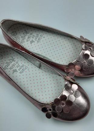 Нарядные туфельки балетки для девочки