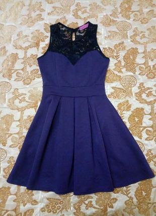 Красивое нарядное платье boohoo с гипюровым верхом, сост. нового. размер 12/40. сток!
